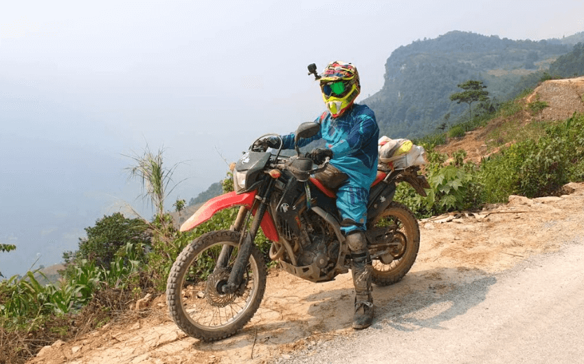 bm-travel-adventure-motorcycle-tour-from-halong-bay-to-da-nang-1