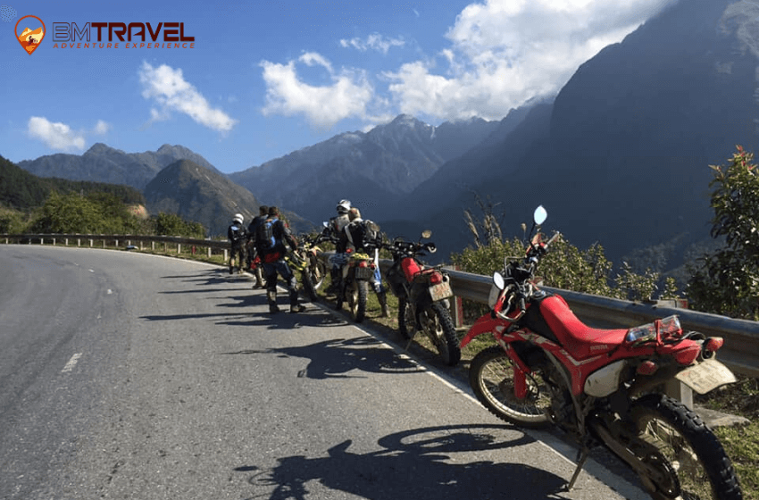 bm-travel-adventure-hai-van-pass-motorbike-tour-route-9