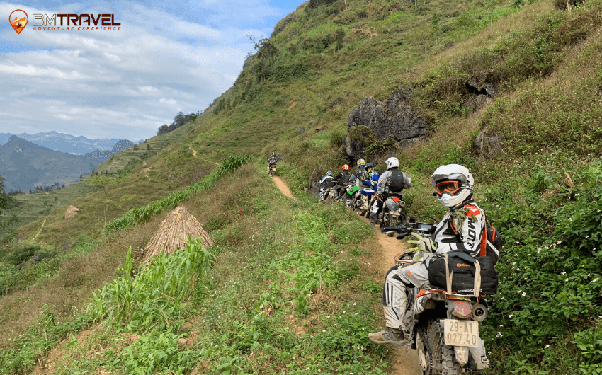 BM-Travel-Adventure-Ha-Giang-Motorbike-Tours-2