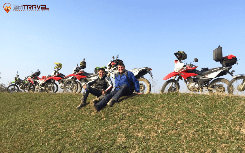 What to discover in the Vietnam motorcycle tours near Hanoi