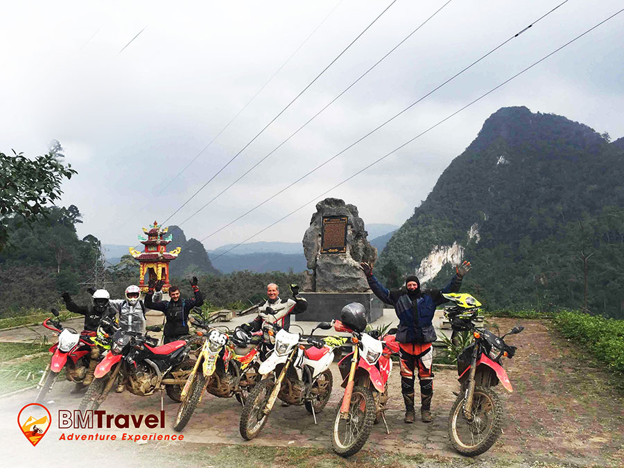 vietnam-motorbike-tours-via-northern-loop-trail-5