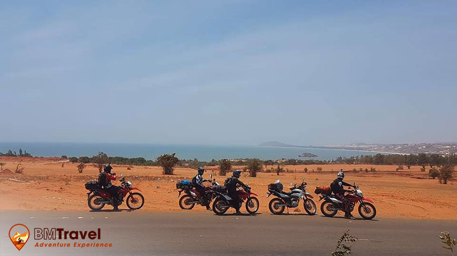 Central Vietnam motorbike tours- 11 days in Lagi
