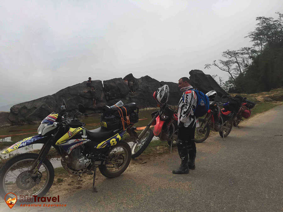 sapa-motorbike-tours-to-discovering-the-unique-markets-day-1