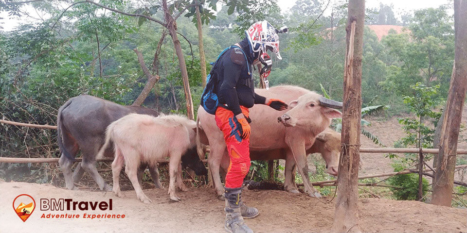 Northwest-vietnam-motorbike-tours-6-day-day-2