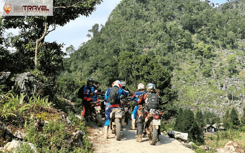 Riding experiences on the Ha Giang to Cao Bang route