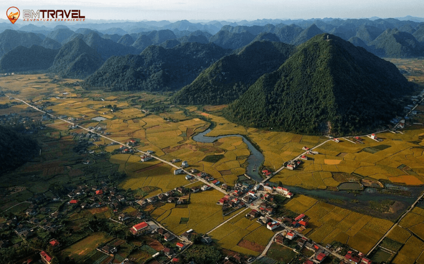 Bac Sum Slope - the impressive site on Ha Giang to Cao Bang route