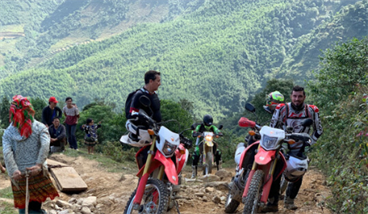 Northeast Vietnam Motorbike Tour from Hanoi to Halong Bay - 7 days