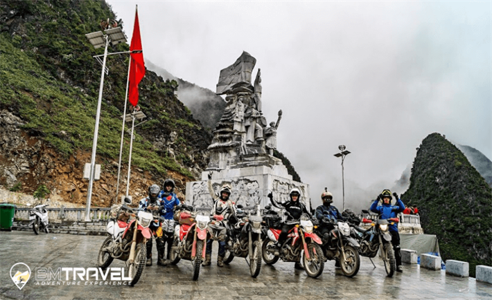 Top 9 days northern loop Vietnam Motorbike Tours to Ha Long Bay