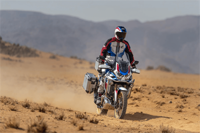 2020 Honda Africa Twin CRF1100L - A New Level of Convenience - Comparable With a Car