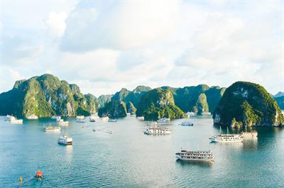 Travel From Sapa To Halong Bay in 7 days - Stunning Forests and Beaches to Discover!