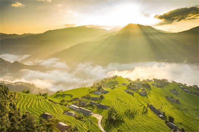 9 Stunning North Vietnam Motorbike Loops for any Thrill-seeker