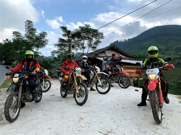 Northern Laos Motorbike Tour to Rural Village, Magnificent Caves and Landscape - 4 days