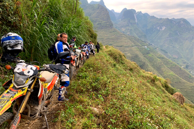 Ha Giang To Cao Bang Route – The Once-In-A-Lifetime Trip For Adventurers